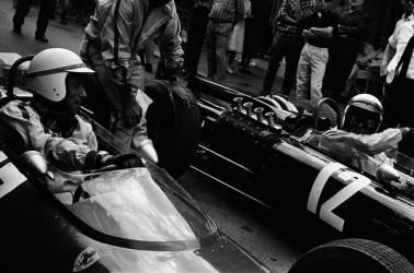 05/19/1966. Yves Montand : Grand Prix de Monaco (Reporters Associés) - Muzeo.com