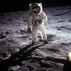 A man on the moon (Nasa) - Muzeo.com
