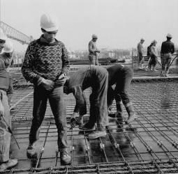 Construction de la Tour Montparnasse à Paris - Septembre 1971 (Bloncourt Gérald) - Muzeo.com