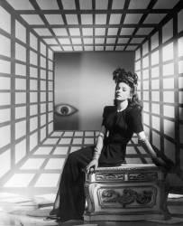 Ida Lupino dans un tableau surréaliste (anonyme) - Muzeo.com