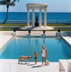 Nice Pool (Slim Aarons) - Muzeo.com