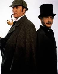 Les comediens Michael caine (Sherlock Holmes) et Ben Kingsley (Dr. Watson) dans