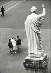 Lourdes (Allard Pierre Anthony) - Muzeo.com