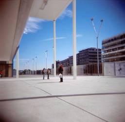 Personne seule perdue dans un espace immense. (Jérome Siran) - Muzeo.com