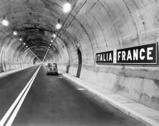 Tunnel sous le Mont-Blanc (anonyme) - Muzeo.com
