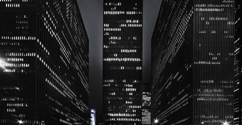 City by night (Doroszewicz & Clausen) - Muzeo.com