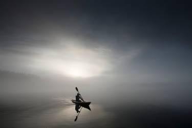 Sérénité et kayak (Jim Smithson) - Muzeo.com