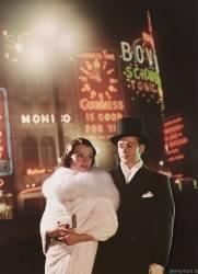 Couple in Piccadilly Circus, London (Crocker Gordon) - Muzeo.com