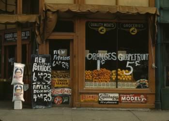 Grand Grocery Co.], Lincoln, Neb. (Vachon John) - Muzeo.com