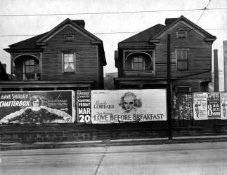 Houses. Atlanta, Georgia (Walker Evans) - Muzeo.com