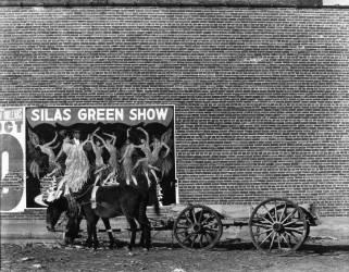 Minstrel poster in Alabama town (Walker Evans) - Muzeo.com