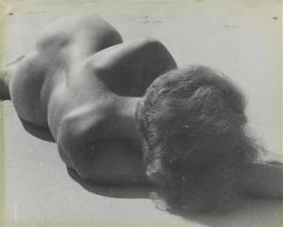 Nu féminin allongé (Hausmann Raoul) - Muzeo.com