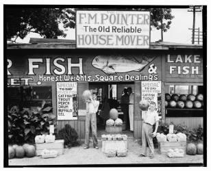 Roadside stand near Birmingham, Alabama (Walker Evans) - Muzeo.com