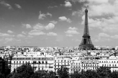La tour Eiffel vue du toit des Invalides (anonyme) - Muzeo.com