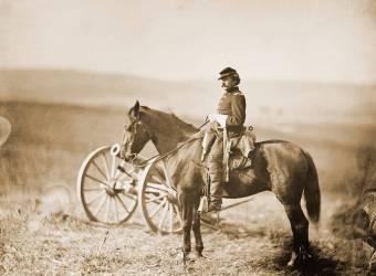 American Civil War Aide-Camp on Horseback (Alexander Gardner) - Muzeo.com