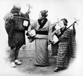Japanese Musicians (Felice Beato) - Muzeo.com