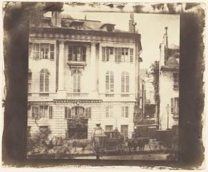 Parisian Townhouses in Paris (William Henry Fox Talbot) - Muzeo.com