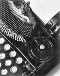 La Tecnica - the Typewriter of Julio Antonio Mella, Mexico City (Tina Modotti) - Muzeo.com