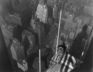 Raising the Mast, The Empire State Building (Lewis Wickes Hine) - Muzeo.com