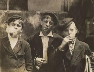 Three Young Newsboys Smoking, Saint Louis, Missouri (Lewis Wickes Hine) - Muzeo.com