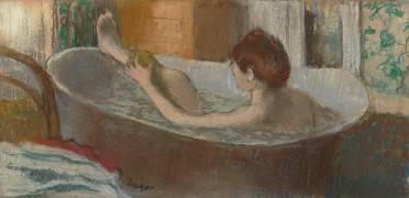 Une femme dans une baignoire s'épongeant la jambe (Degas Edgar) - Muzeo.com