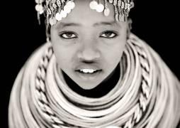 Rendille girl, Kenya (Lafforgue Eric) - Muzeo.com