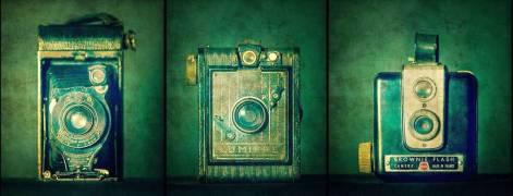 Old camera (Benoît Bacou) - Muzeo.com