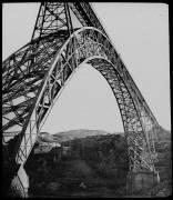 Le viaduc de Garabit, ensemble vue de côté (anonyme) - Muzeo.com