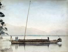 Boat on a lake and mountains (Kusakabe Kimbei) - Muzeo.com