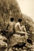 Study of two male nudes sitting back to back (Wilhelm von Gloeden) - Muzeo.com