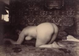 Woman (Eugène Atget) - Muzeo.com